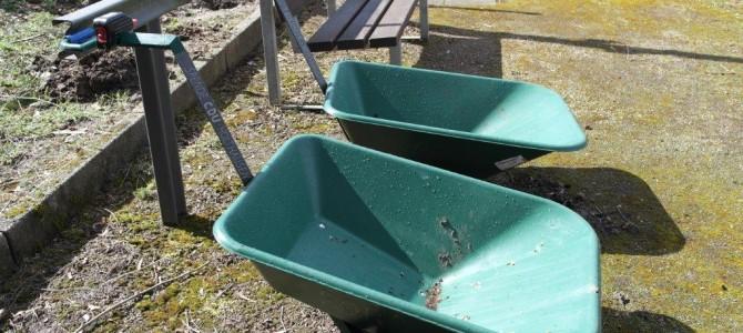 Friedhof Holthausen – CDU erneuert gespendete Karren