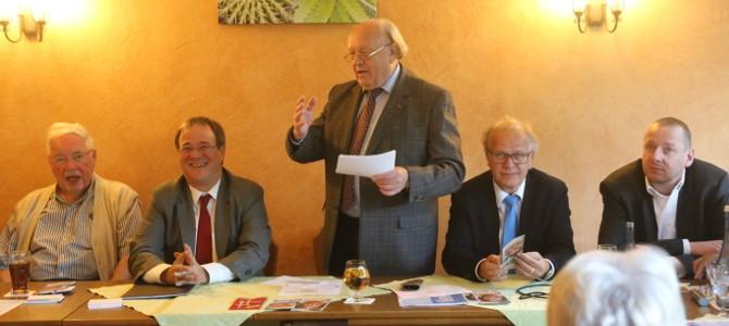 Armin Laschet und Dirk Glaser bei der CDU Niederwenigern und Niederbonsfeld